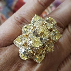 Canary yellow crystal ring